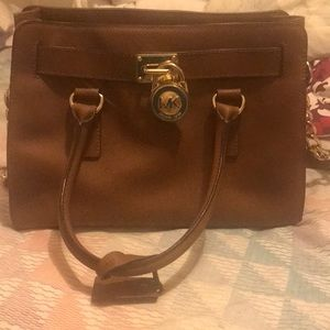 Michael Kors Authentic purse!